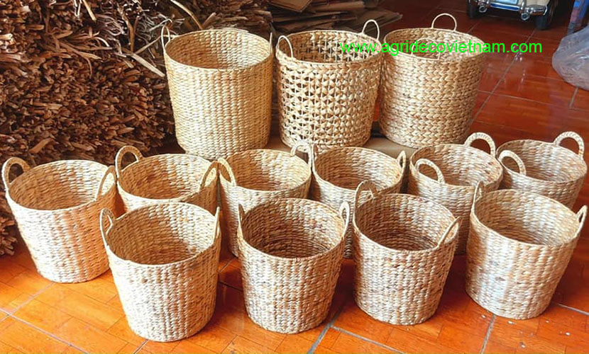 Vietnam handicraft: products from hyacinth