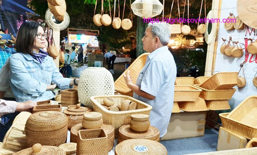 Vietnamese handicraft fair